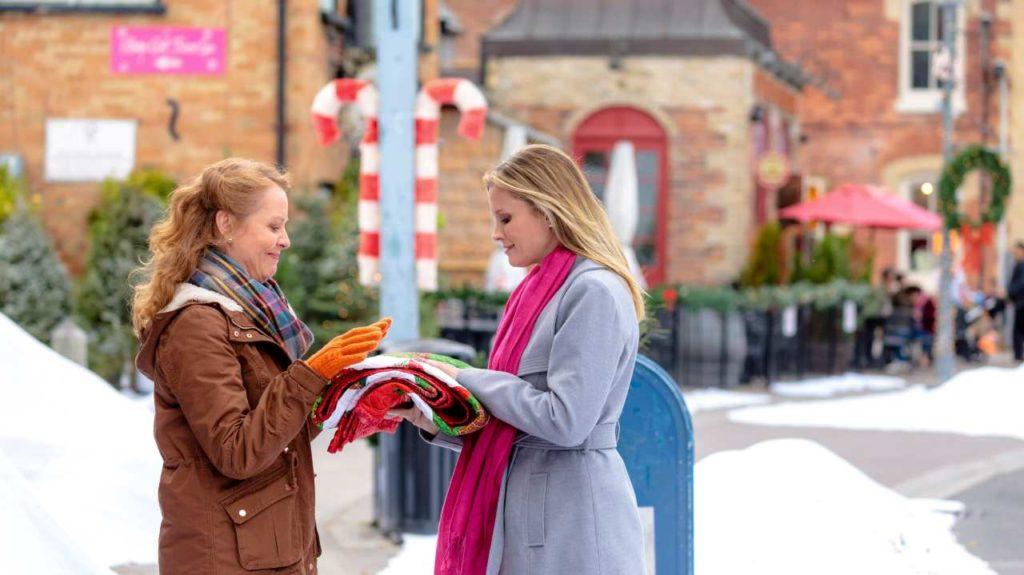 Film-Natale-a-Christmas-Valley-Attrici-Precious-Chong-Bonnie-Somerville