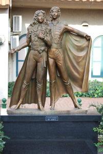 Statue Lady Oscar con André Gardier a Takarazuka, Hyōgo (J)