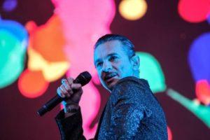 Depeche-Mode-Frontman-Dave-Gahan-Stadio-DallAra-2017-BO