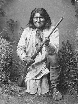 Capo-guerriero-Apache-Geronimo