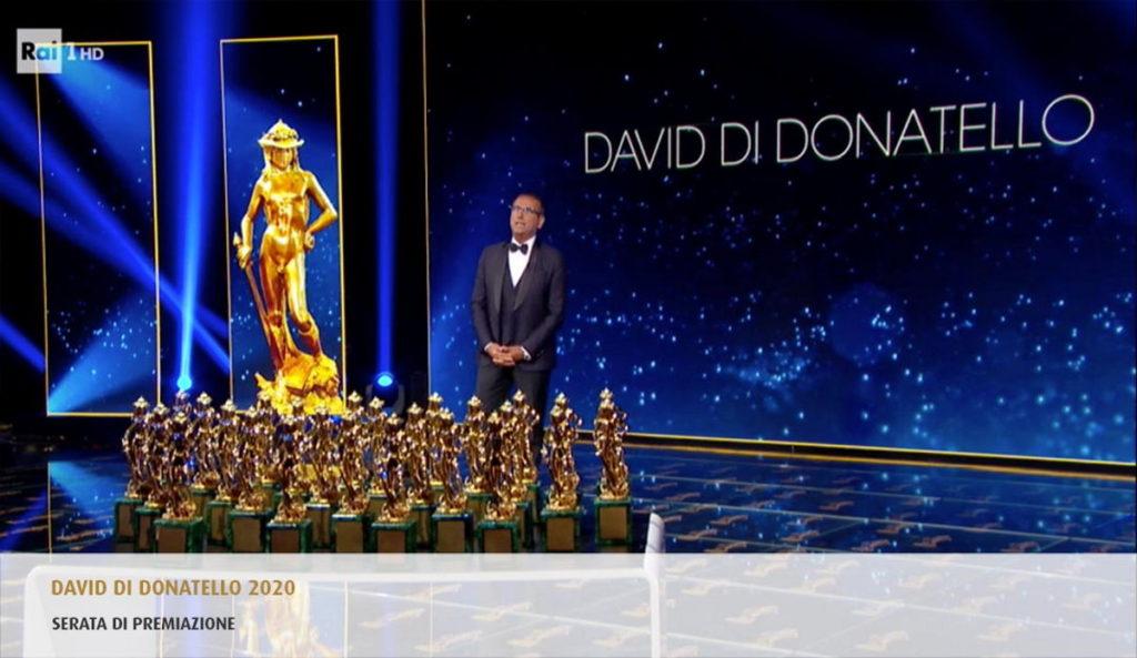 Carlo-Conte-presenta-il-Premio-David-di-Donatello-2020-Recensione-Comparata