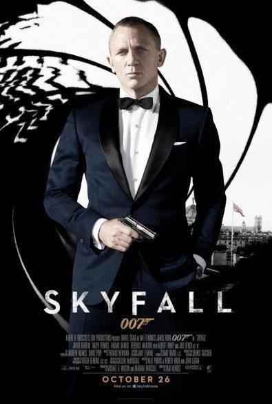 Skyfall-Locandina-Protagonista Daniel Craig interpreta James Bond-Anno-2012