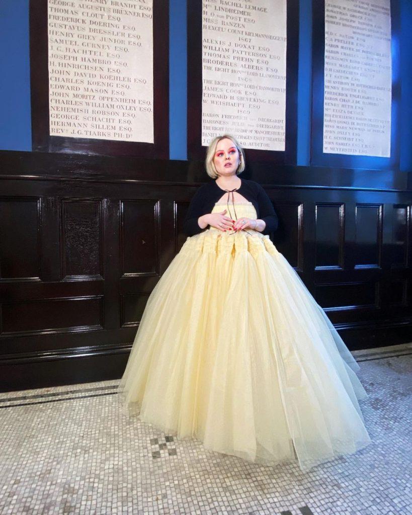 Nicola-Coughlan-Golden-Globe-2021