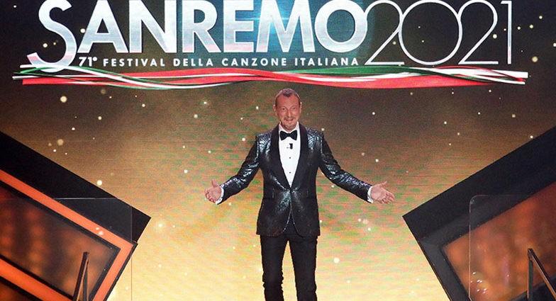 Sanremo-2021-Amadeus-conduttore-del-71esimo-Festival-della-Canzone-Italiana