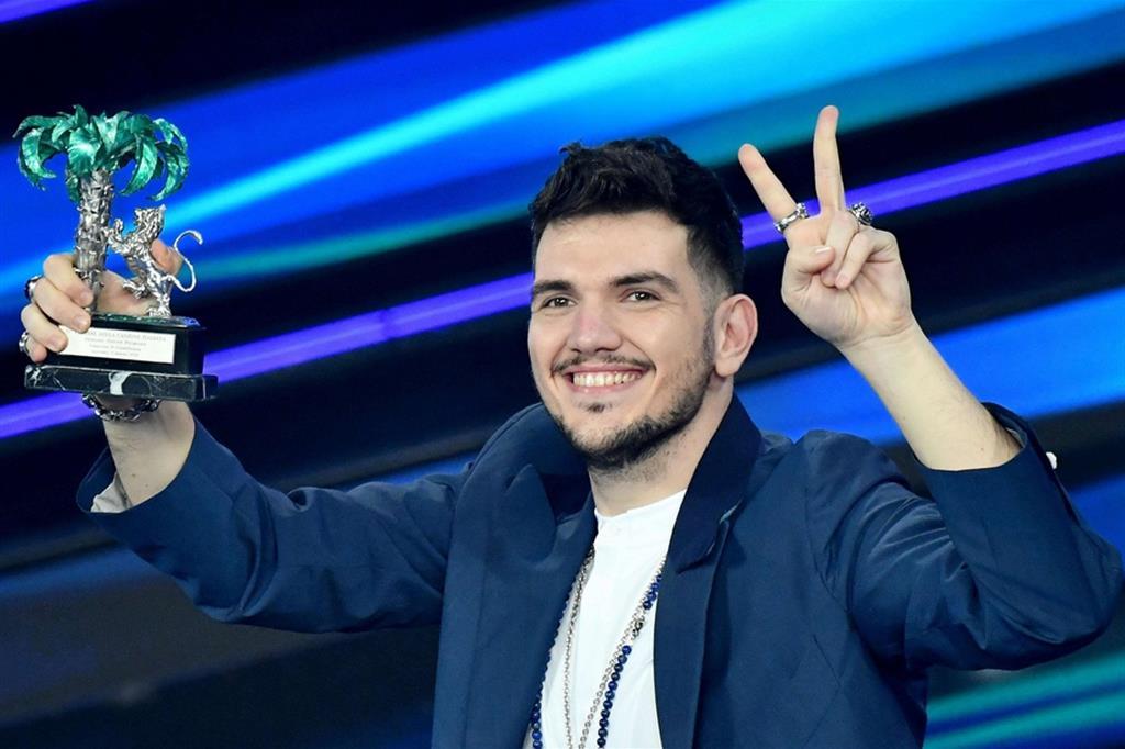 Sanremo2021-Vince-nuove-prorposte-Gaudiano-con-Polvere-di-Sparo